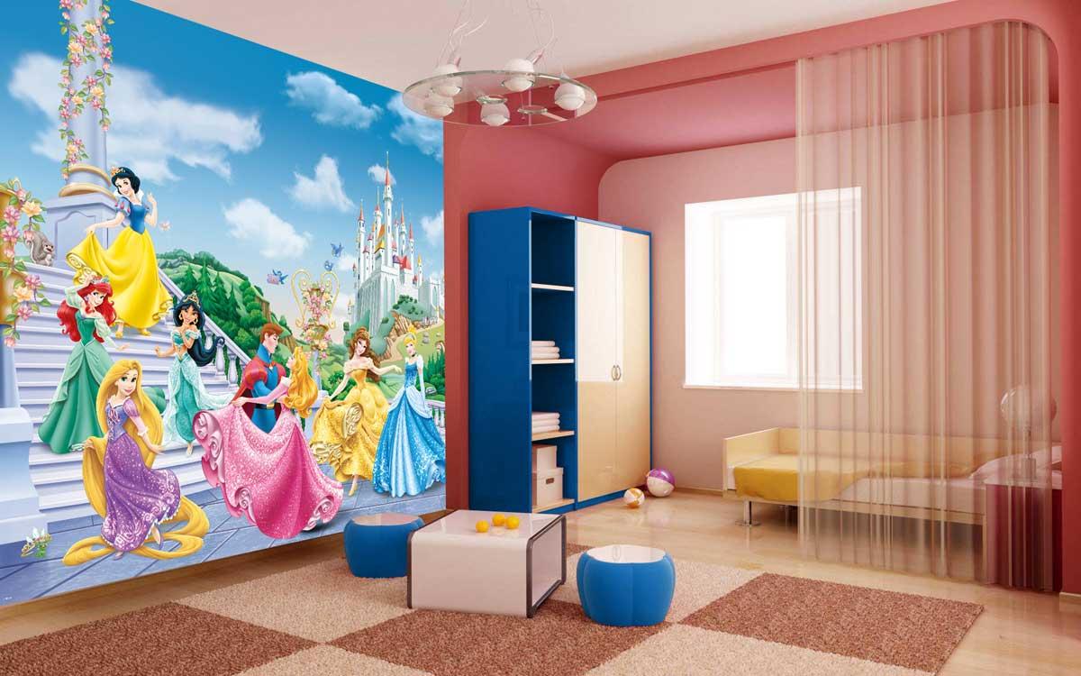 Дизайн гостиной с фотообоями в розовом цвете вносит